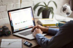 Ce-avantaje-are-de-oferit-un-laptop-refurbished